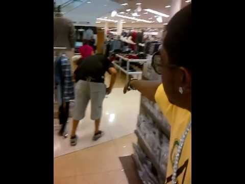 """Lil Scrappy """"Sends"""" Mall Shopper on a Mission @ Aventura Mall in Miami"""