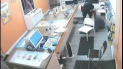 Security video of violent cellphone store robbery released by police