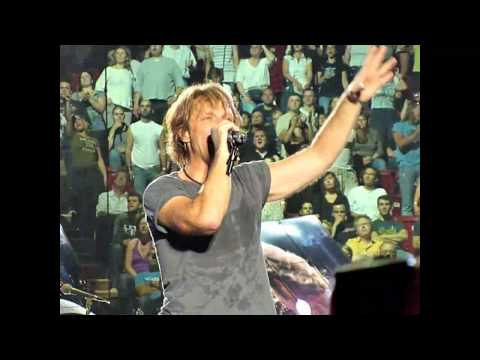 Bon Jovi: In These Arms (live from France 2010)