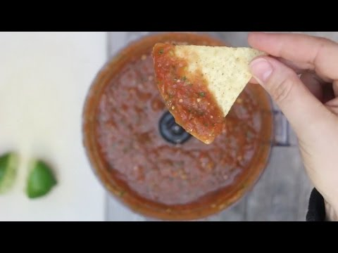Restaurant Style Salsa Recipe- Homemade and Easy!