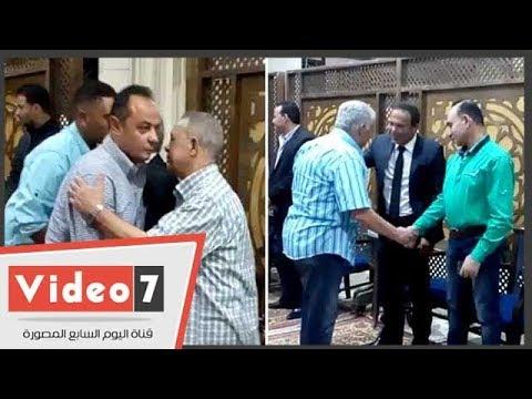 نجوم الرياضة فى عزاء شقيقة محمود أبو رجيلة نجم الزمالك السابق  - نشر قبل 3 ساعة