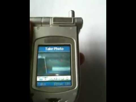 Samsung P400 mobile phone swivel