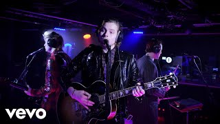 5 Seconds of Summer - Dancing With A Stranger in the Live Lounge