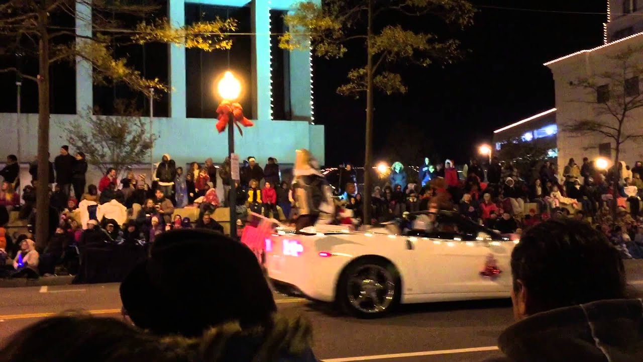 Norfolk Grand Illumination Parade 2014 - YouTube