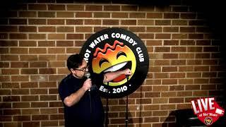 Si Machin | LIVE at Hot Water Comedy Club