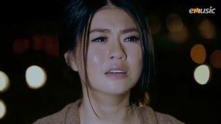 Gambar cover CAHAYA BAND - Aku Yang Ditinggalkan (Official Music Video)