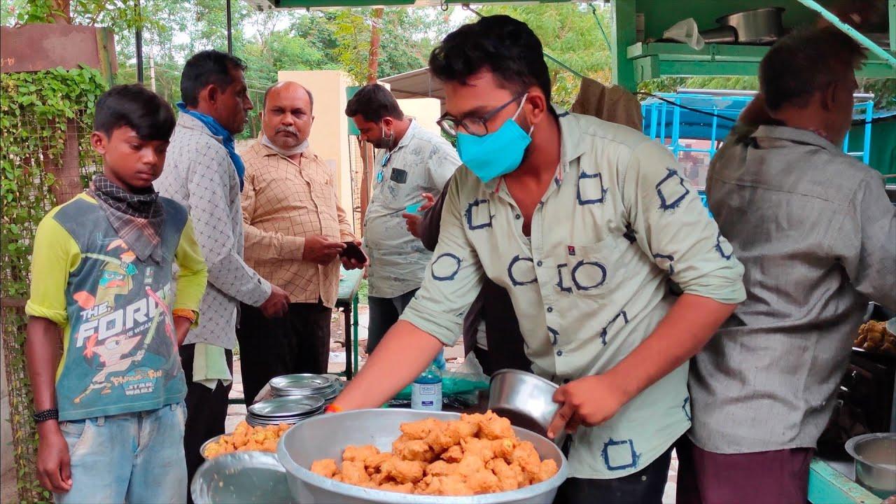 Most Hygienic Pakodawala   Gujarat's Popular Stuffed Mirchi Pakoda   Indian Street Food
