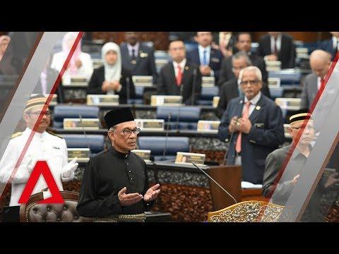 Anwar Ibrahim sworn in as member of parliament after Port Dickson win