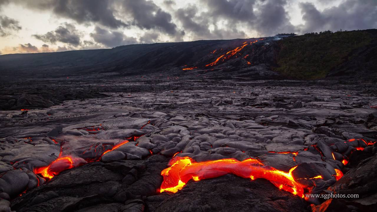 Hawaii Lava Flows Not On Big Island