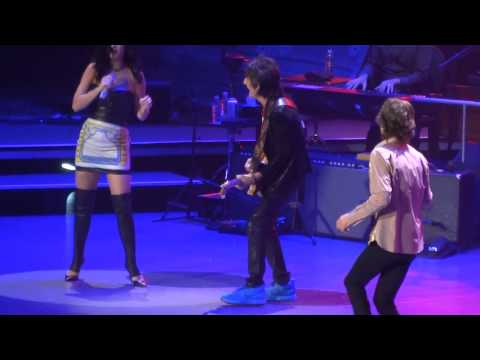 "Rolling Stones  MGM Grand Arena   5.11.13 ""Beast of Burden""  with Katy Perry"