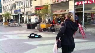 Bob Marley - Three little birds (Street Musician Hannover)