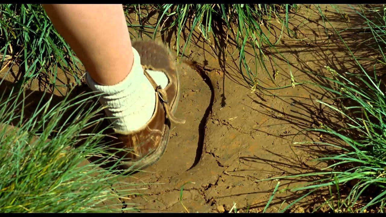 Junge Ossi Specksau lässt sich in der Natur Ficken und Füllen