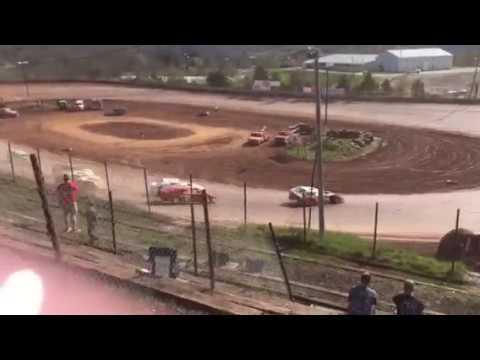 April 9, 2017 I-77 Speedway AMRA Modifieds Heat Race part 2