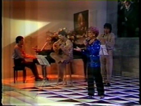 Ademilde Fonseca - Pedacinhos do Ceu, choro - Ao Vivo no Programa Clodovil Abre o Jogo - 1992