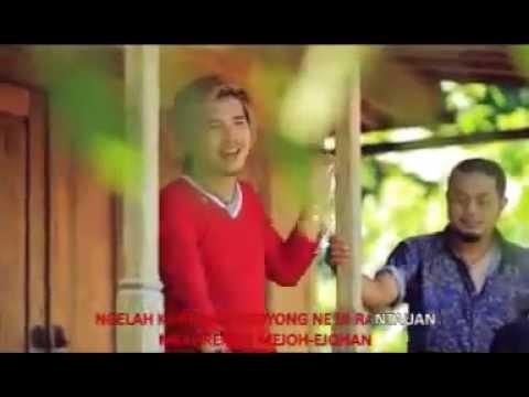 Sing Dadi Baang Godoh - Trio Januadi