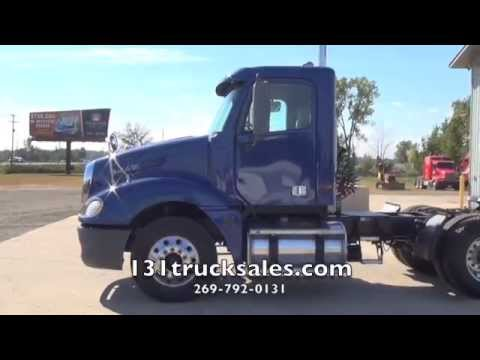 2003 Freightliner Columbia Day Cab