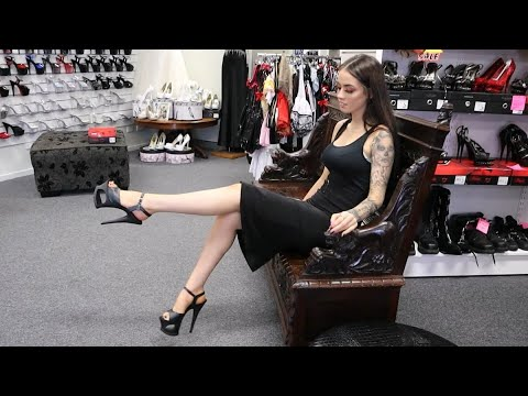 Review Black Goth Pleaser Moon-709 7 Inch High Heel Platform Shoes With Cut Out Base Walk With Rose.