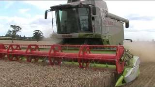 Claas Lexion 570C Hybrid System with V750 Wheat Harvest 2010-johnwandersonagain