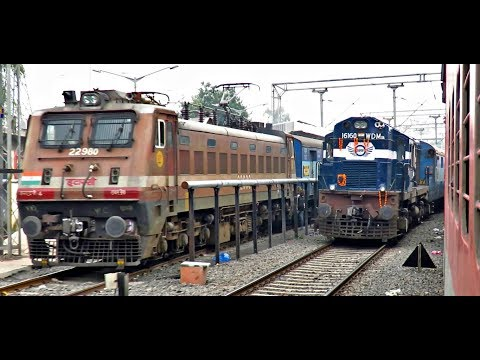 Beautiful Parallel Departure from INDORE Junction : Indian Railways