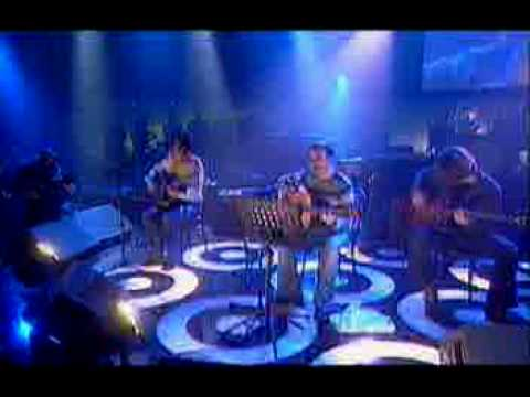 Stereophonics with Oasis - I'm Only Sleeping (Live Beatles Cover)