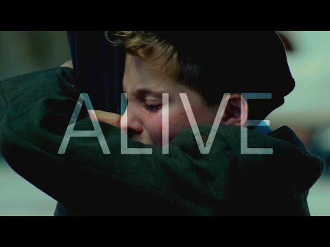 alive-|-multifandom-[10k-subs]
