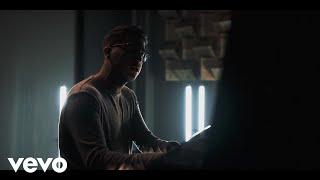 Смотреть клип Dayseeker - Six Feet Under