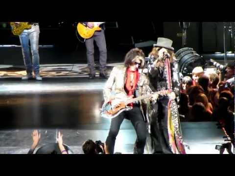Aerosmith starting the show with