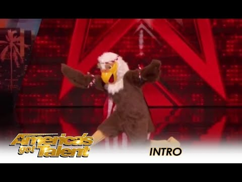 Tyra Banks SURPRISES The Judges In AGT Intro! | America's Got Talent 2018