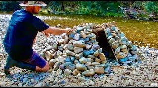 Kayak Camping Adventure... Bushcraft Eel Smoker...