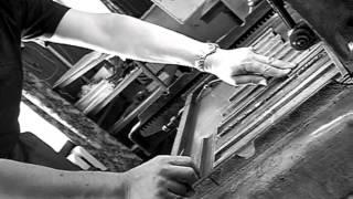 Мышкинская типография(Одна из последних типографий в России, где сохранились старинные методы печати. Находится в городе Мышкин,..., 2012-12-28T17:04:04.000Z)