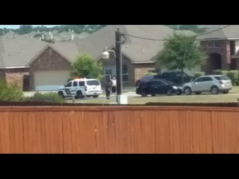 Texas cops shoot, kill man standing still with hands raised