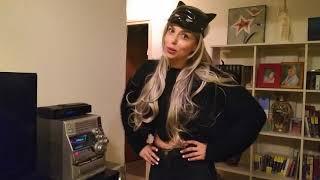 Дианка в костюме кошки 😻