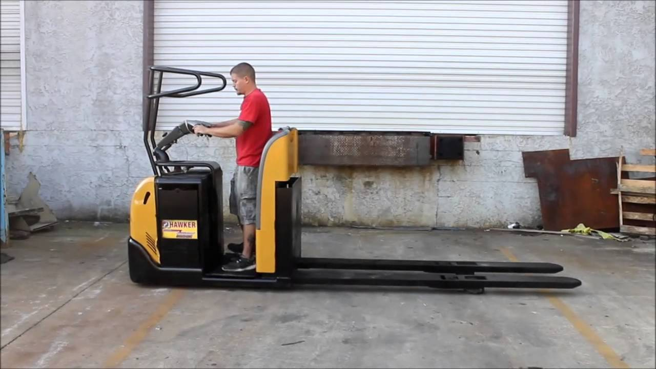 2009 DRIVER LIFT LOW LEVEL ORDER PICKER,