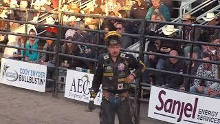 Matt Triplett rides Tequila Jax for 86 points (PBR)