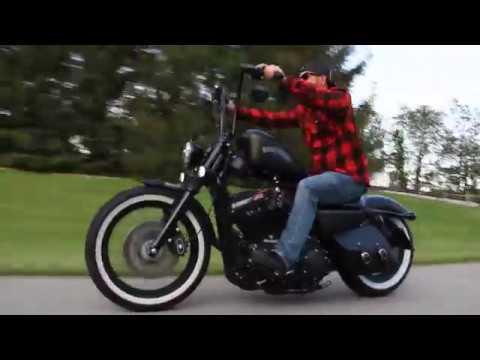 Harley Davidson Iron 883 Custom Bobber