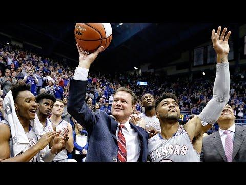 Self reaches 600 career wins as Kansas downs UMKC, 105-62 // Kansas Basketball // 12.6.16