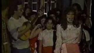 RAQUEL CASTAÑOS - ABRAN LA PUERTA - VIDEO.wmv