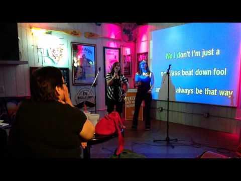 Weezer : Beverly Hills Karaoke