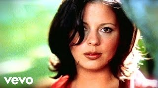 Sara Evans – No Place That Far Video Thumbnail