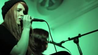 Pang Pang [Live Acoustic @ Norra Piren, Hjo] - Sara Hjellström