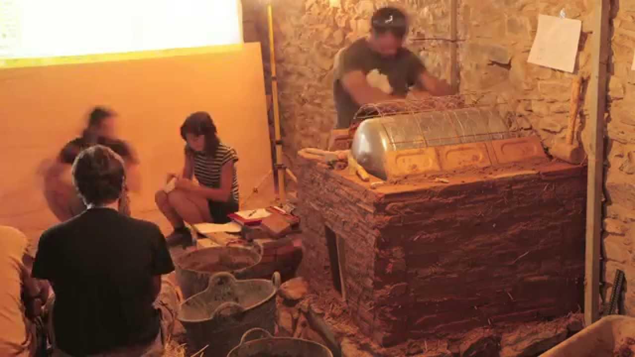 Estufa rusa con calentador de agua integrado youtube for Estufas de lena rusas