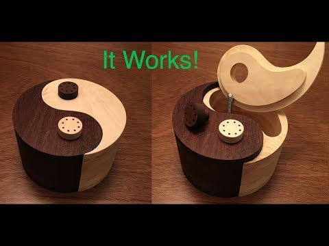 Woodworking Yin-Yang Salt and Pepper Shaker - Walnut and Holly Wood