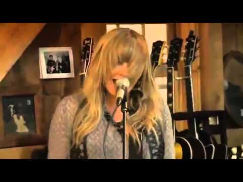 Live from Daryl Hall's house with Grace Potter: Paris (Ooh l