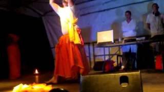 karl danse reprise de daya daya re avec  Mami et djénéba www.bollywooddance.skyblog.com