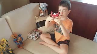 Furkan Tobot Mini Y ve Z Robotlarını Araç Şekline Dönüştürüyor