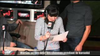 Marion se fait tirer les cheveux pendant le karaoké - C'Cauet sur NRJ