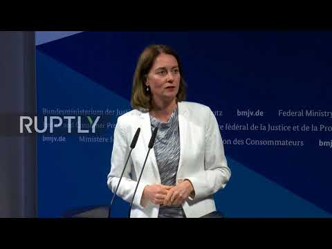 Germany: Justice Minister meets Facebook representatives over data breach
