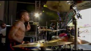 Snoop Dogg - Jump around (glastonbury festival) HD