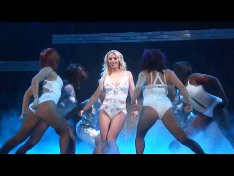 Britney Spears - Femme Fatale Tour @ Guadalajara (FULL)