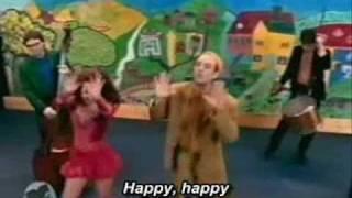 Letras de Shiny Happy People en inglés y español.